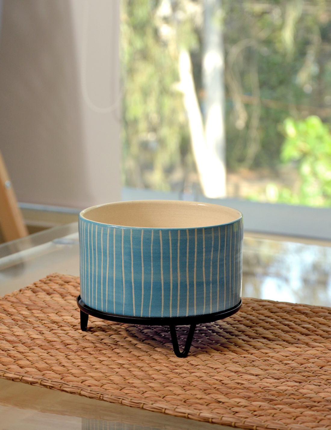 James - handmade Ceramic pot / Blue